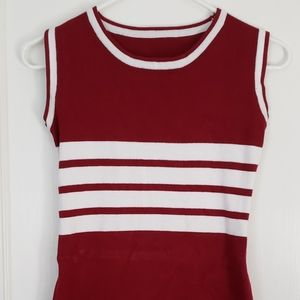 Tops - Sleeveless Long Stretchy Maroon Top
